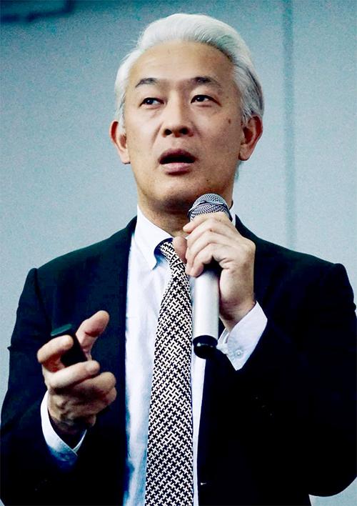 青島徹児先生